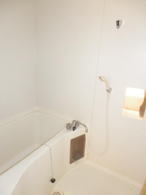 グランベールヨシミ 201号室の風呂