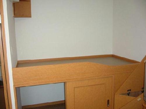 レオパレスN 104号室のベッドルーム