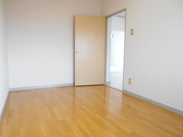 メゾン・エスポアール 302号室のその他