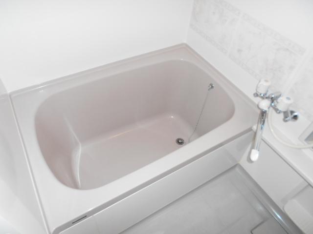 メゾン・エスポアール 302号室の風呂