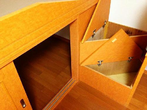 レオパレスエンボーダ 203号室のリビング