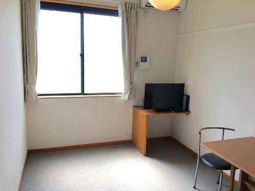レオパレスファレノプチス 205号室の収納