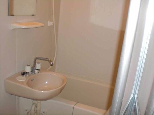 レオパレスウエスト 201号室の風呂