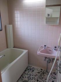 浅間第三マンション 402号室の風呂