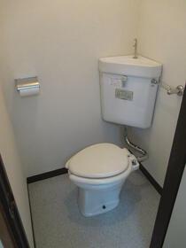 浅間第三マンション 402号室のトイレ