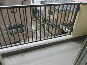 浅間第三マンション 402号室のバルコニー