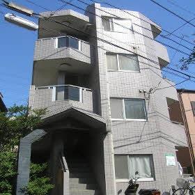 パレス和田町 202号室の外観
