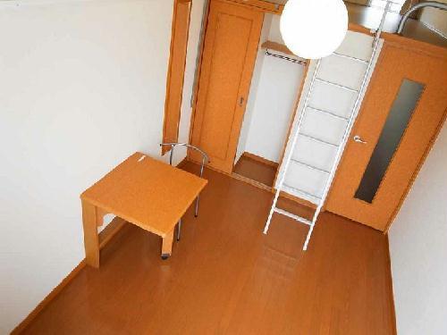 レオパレスミール 202号室のリビング