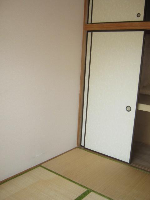 アローエスタ 302号室のその他