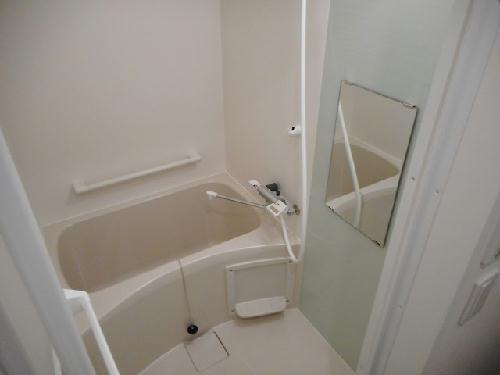 クレイノ未来 203号室の風呂
