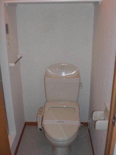 レオパレスエンボーダ 101号室のトイレ