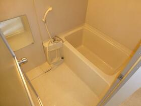 アロマ21三ッ沢公園 401号室の風呂