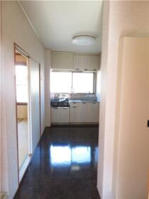 ベルナール 201号室のキッチン