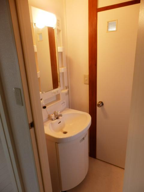 小林ハイツ 303号室の洗面所