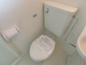 ハーミットクラブハウス峰岡A棟 102号室のトイレ