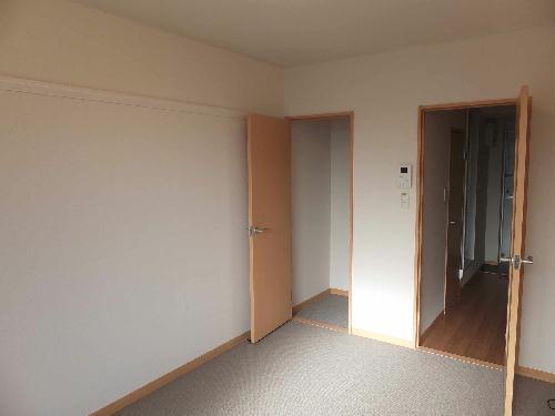 レオパレスリソランテ 403号室のリビング