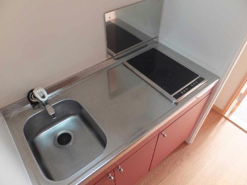 レオパレスリソランテ 403号室のキッチン