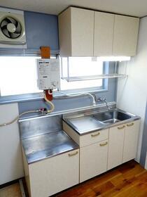 コーポ阿部 302号室のキッチン