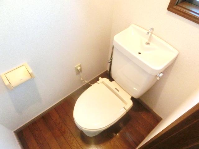 リレント谷塚テラスハウスのトイレ