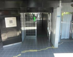 メゾン・ド・ヴィジオン 1101号室のエントランス