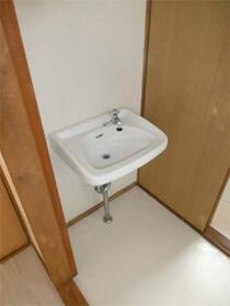 つくし 201号室の洗面所