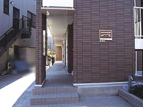 レオパレスさくらハイム 104号室のリビング
