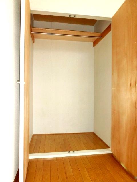 モデーロ花栗 205号室の収納