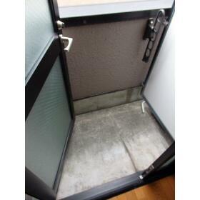 ダイヤモンドレジデンス白河第二 0303号室の玄関