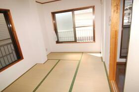 秋山コーポの外観