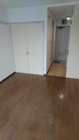 4U 305号室のキッチン