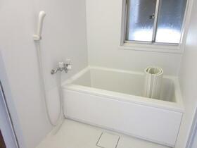 深雪アパート 2F号室の風呂