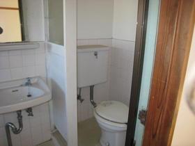 鈴木マンション 202号室のトイレ