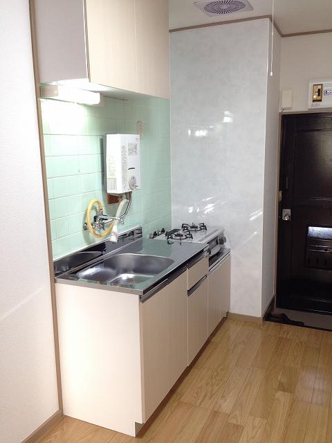 木崎コーポ 202号室のキッチン