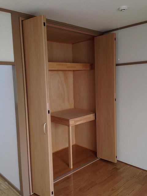 木崎コーポ 202号室の収納