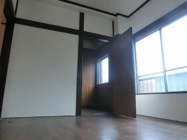 石橋フラッツⅠ 307号室の玄関