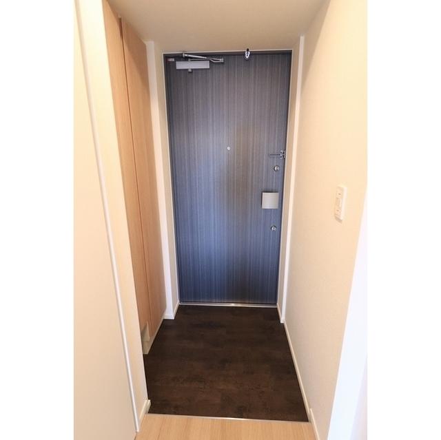 コスモグラシア根岸 0702号室のトイレ