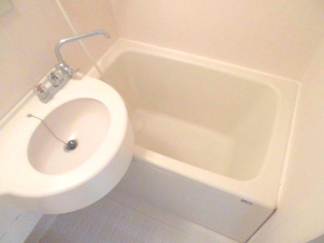 勝木コーポ 203号室の風呂