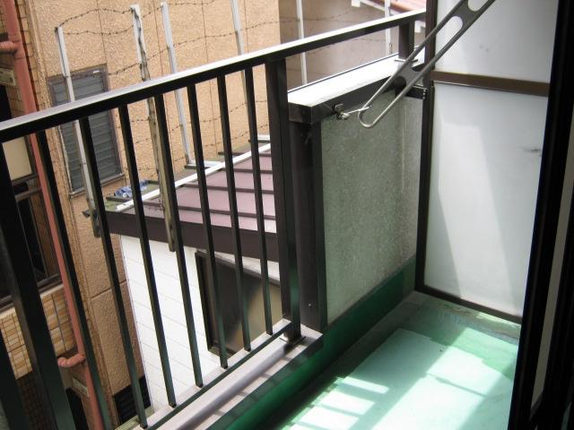 ワナー桜木 207号室のバルコニー