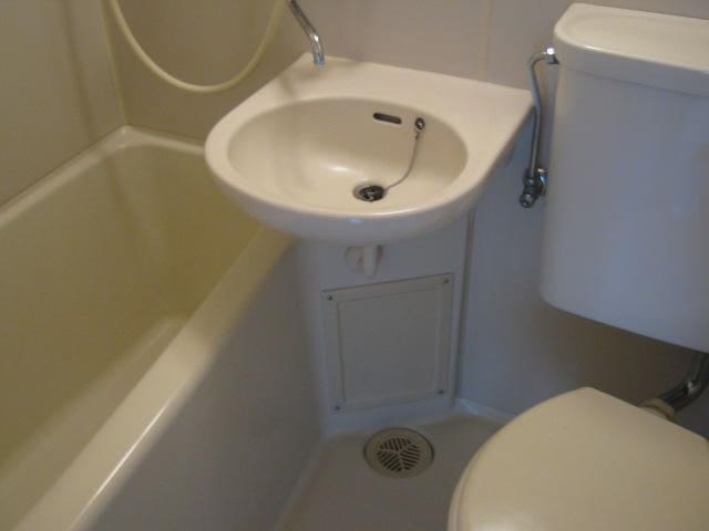 ワナー桜木 207号室の風呂