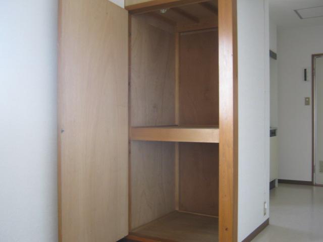 ワナー桜木 207号室の収納