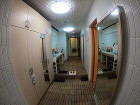 テラッツァ国土後楽園 301号室の玄関