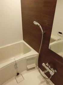 ZOOM秋葉原 1202号室の洗面所