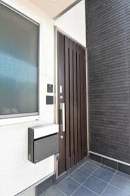 NOARK綾瀬 0012号室の玄関