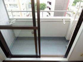 パレ・ドール文京メトロプラザⅠ 812号室のバルコニー