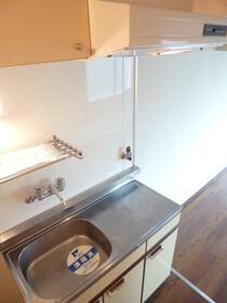 メゾン・ド・エリス 409号室のキッチン
