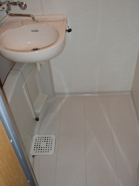 プルナス湯島 401号室の風呂
