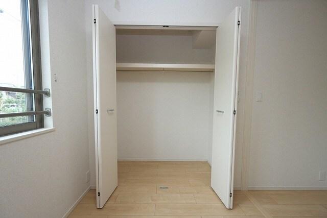 グラン ベルデB 02010号室の収納