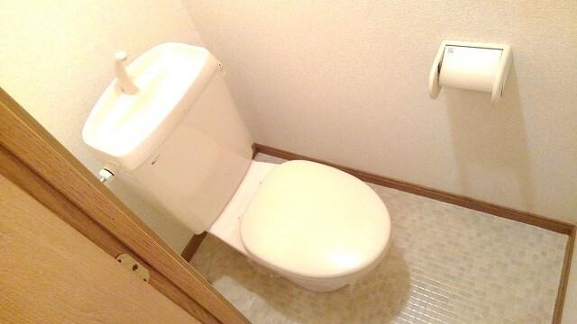 サンフラワーPartⅠ 01030号室のトイレ
