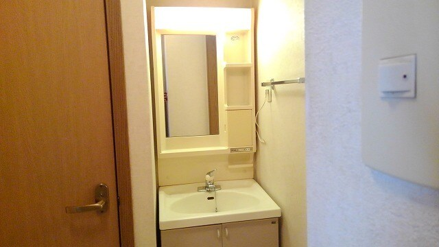 サンフラワーPartⅠ 01030号室の洗面所