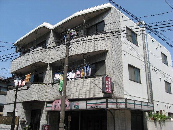 三澤ハイツ 305号室の外観